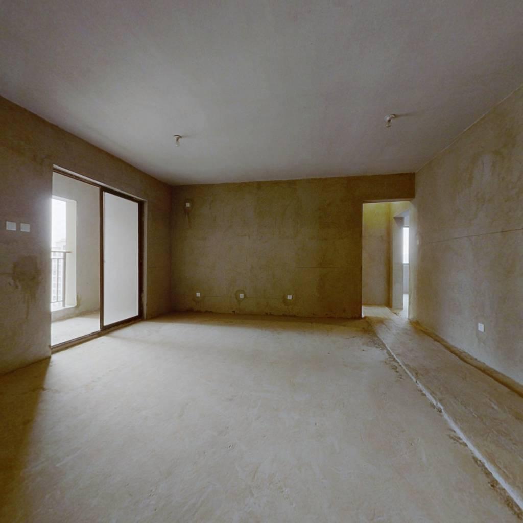 云南昆明 杨林大学城 证在手  业主诚心出售此房