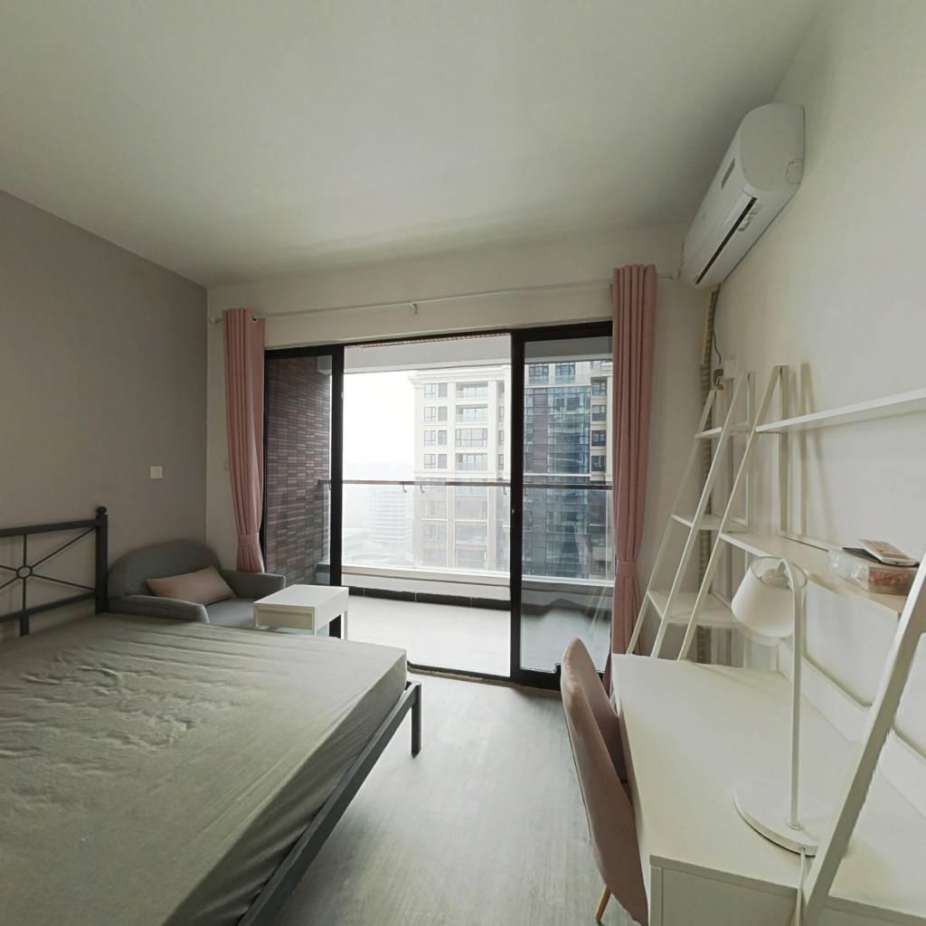 合租·中德·英伦世邦F区 4室1厅 西卧室图