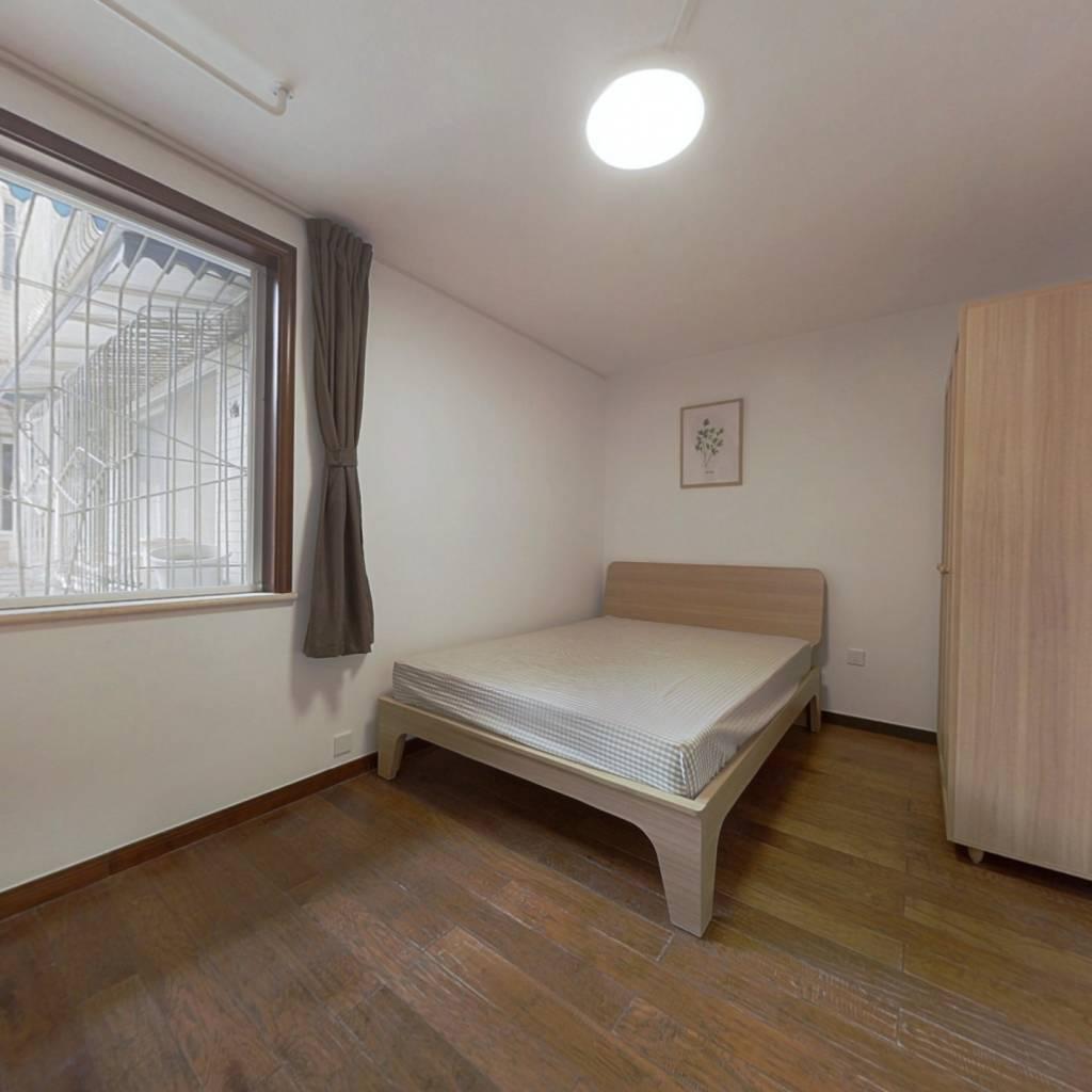 合租·澳深花园 4室1厅 东北卧室图