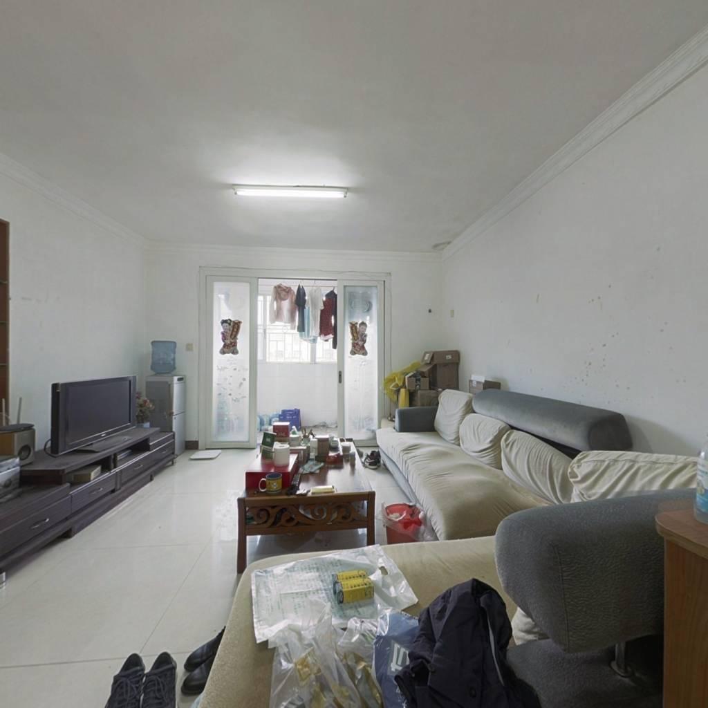 新香洲万家后面大型小区 看房方便
