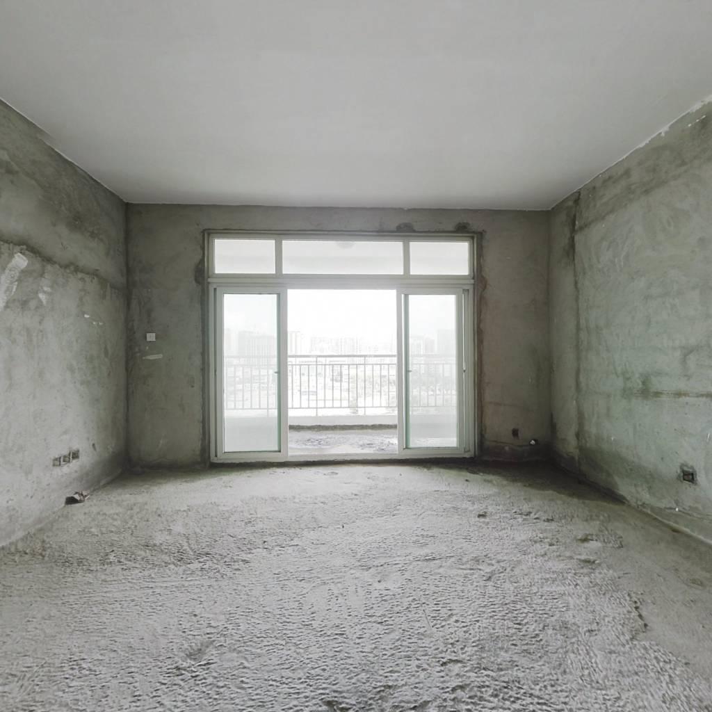 中铭豪园,四房两厅两卫,南北通,双阳台出售