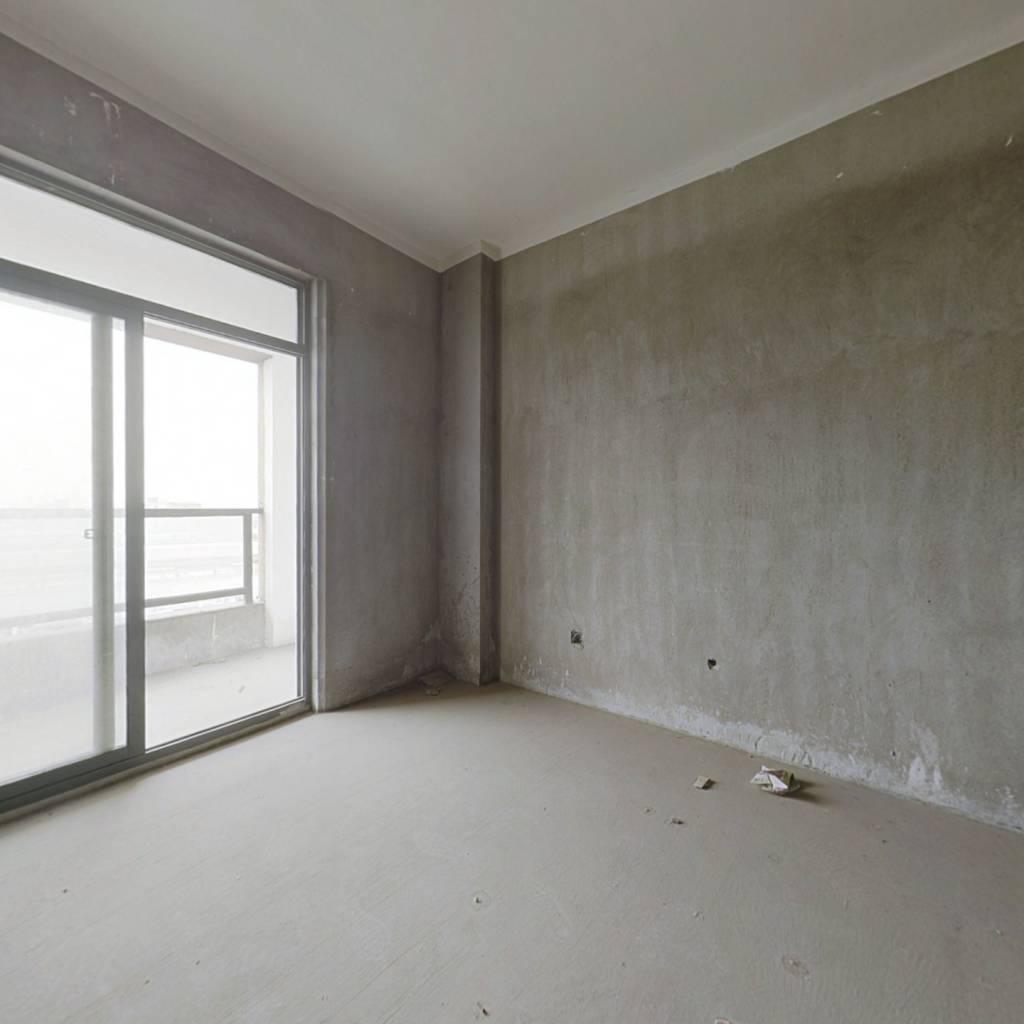 乍浦 世达公寓 位置好 好出租 交通方便 总价低 捡漏房