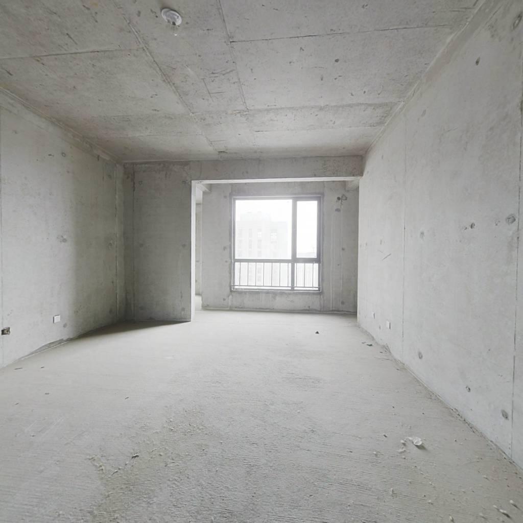 国金华府 5室2厅 南 北