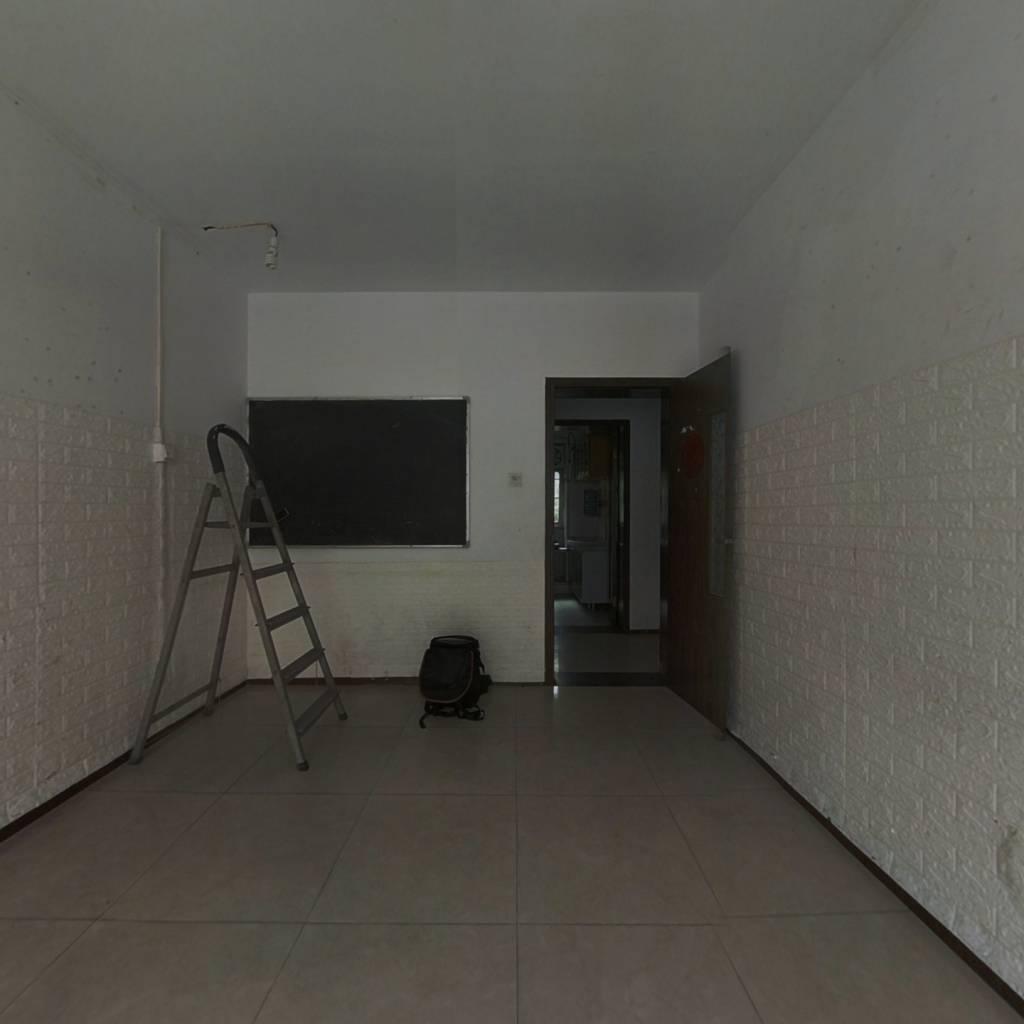 省农委东区宿舍 3室1厅 152万