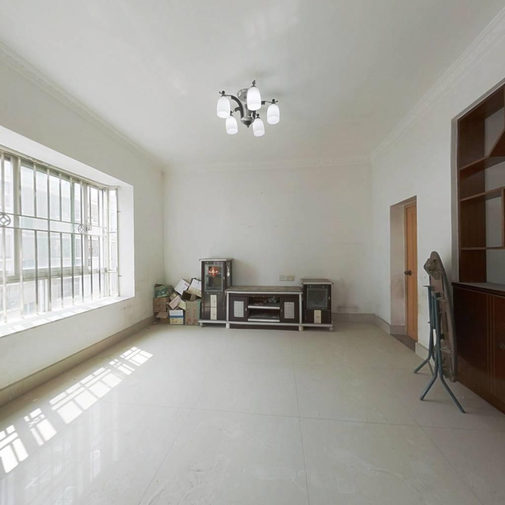 惠东华侨城CBD位置,实用面积172平方4房,证件齐全。