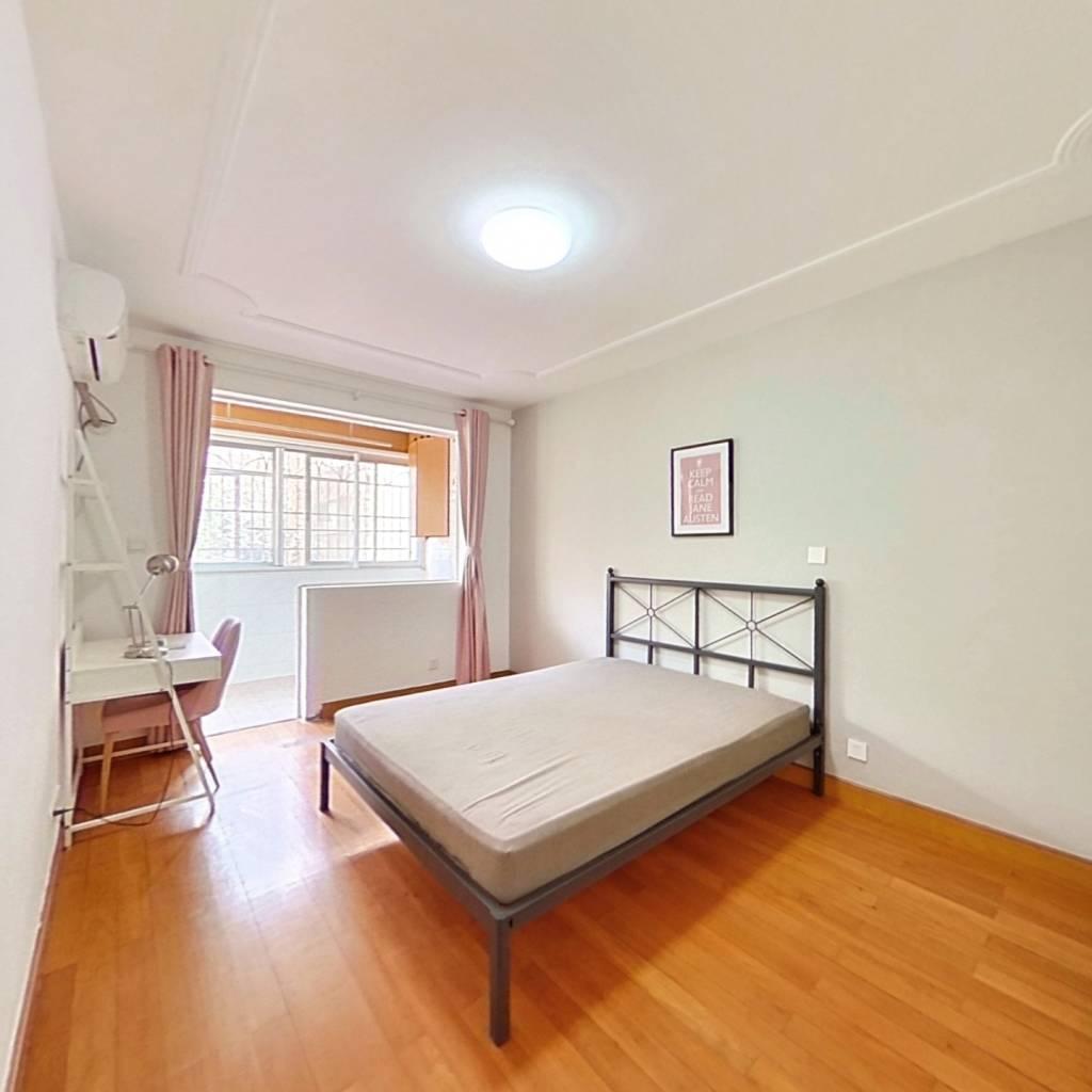 合租·东城新村 3室1厅 东卧室图
