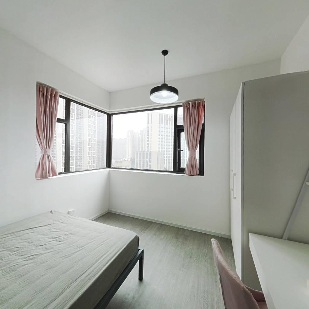 合租·新希望锦官阁 4室1厅 东卧室图