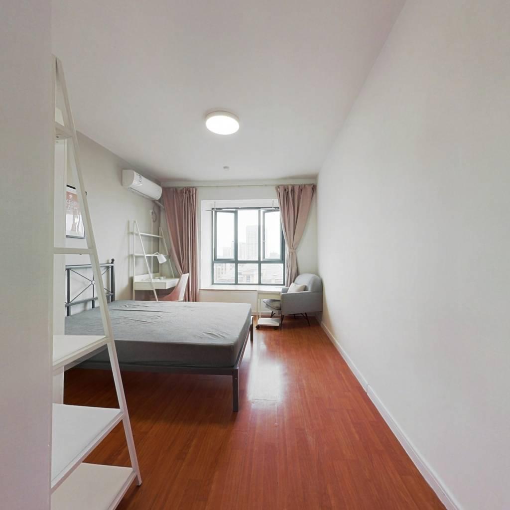 合租·金帝金色钱塘 4室1厅 南卧室图