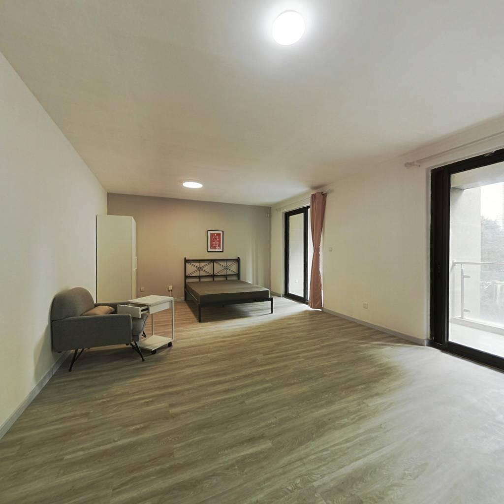 合租·绿地东上海三期 5室1厅 南卧室图