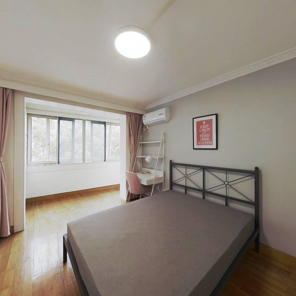 合租·三门路358弄 3室1厅 南卧室图