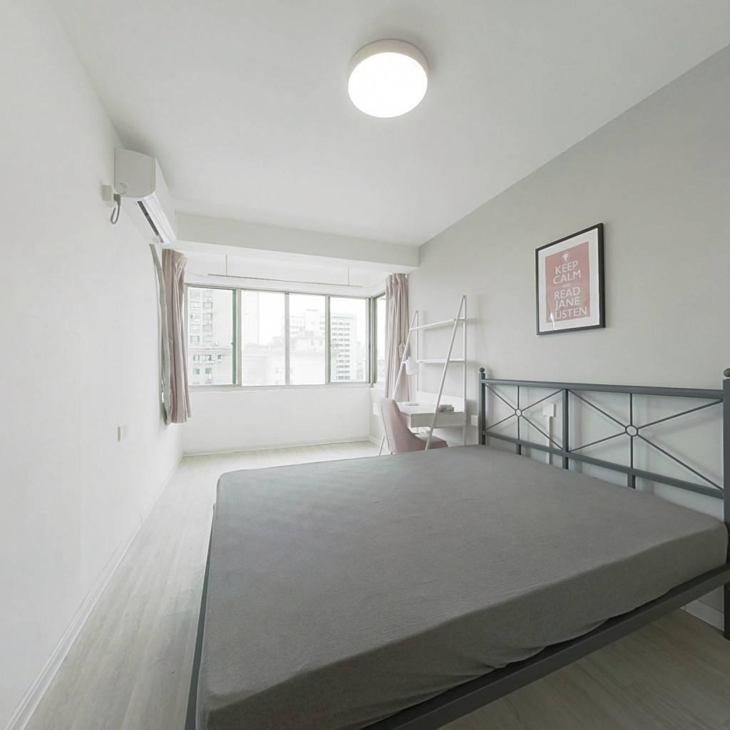 合租·中江花园 4室1厅 北卧室图