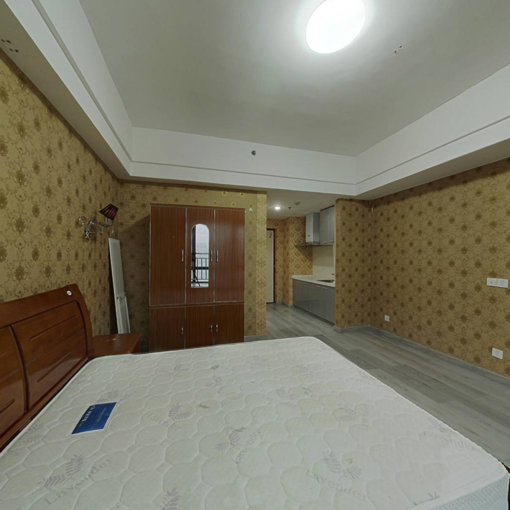 台江万达2010年经典小户型,诚意出售,看房有锁