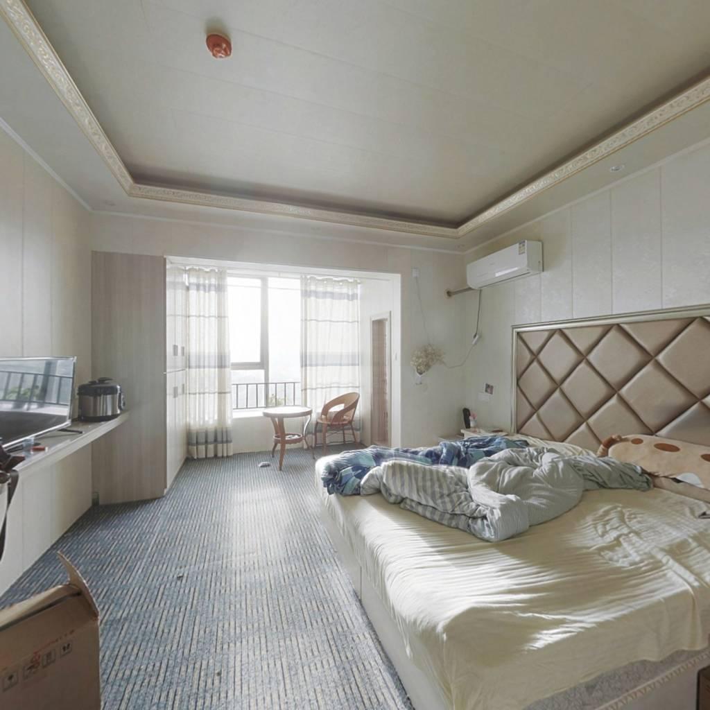 精装修标准 单身公寓,产权清晰