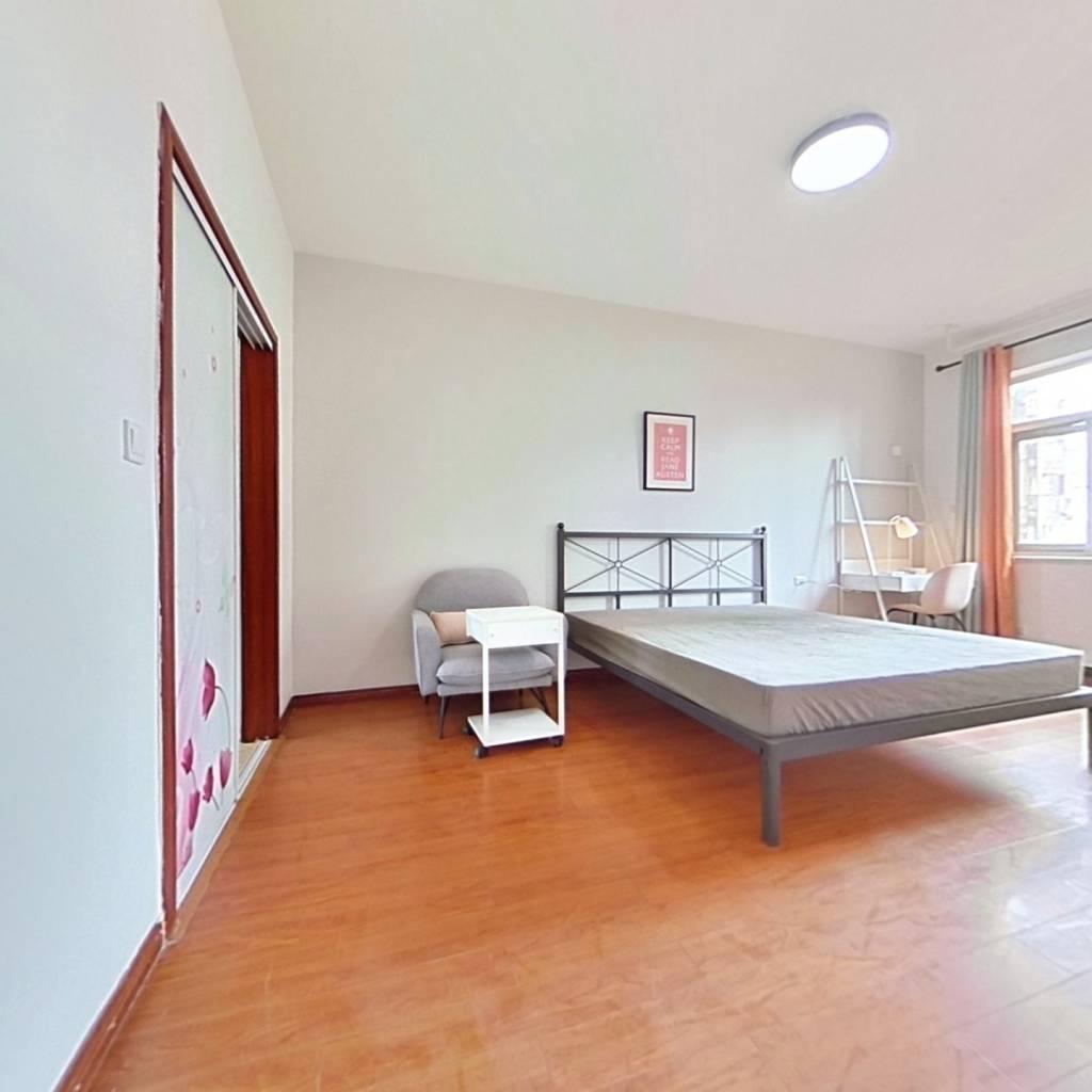 合租·长城坐标城 5室1厅 北卧室图
