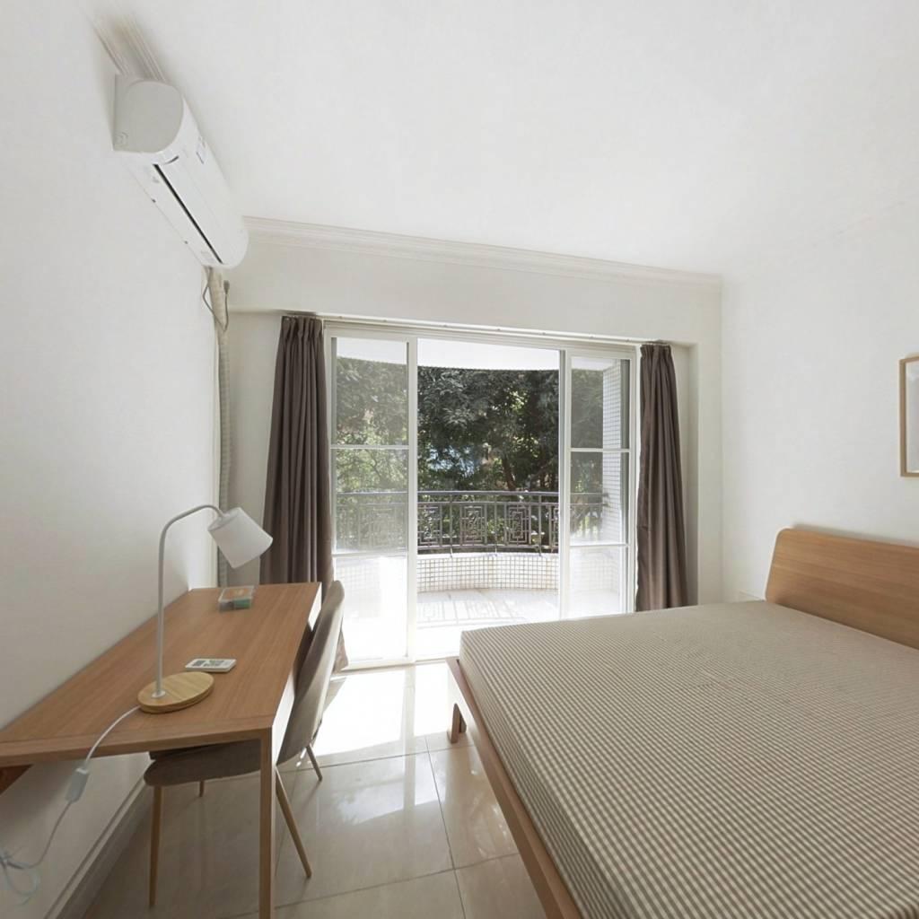 合租·富景花园 4室1厅 南卧室图
