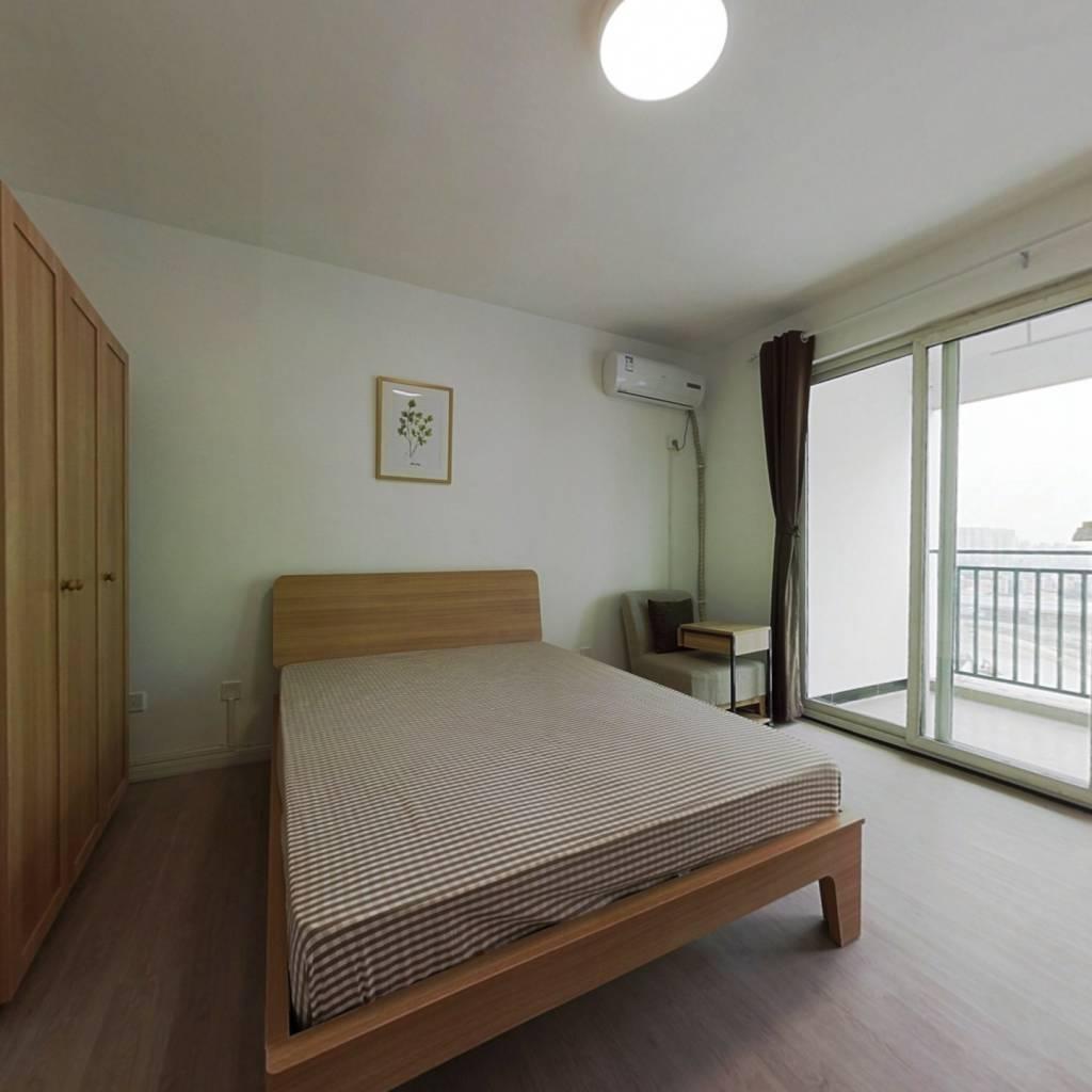 合租·清水路苑 4室1厅 西卧室图