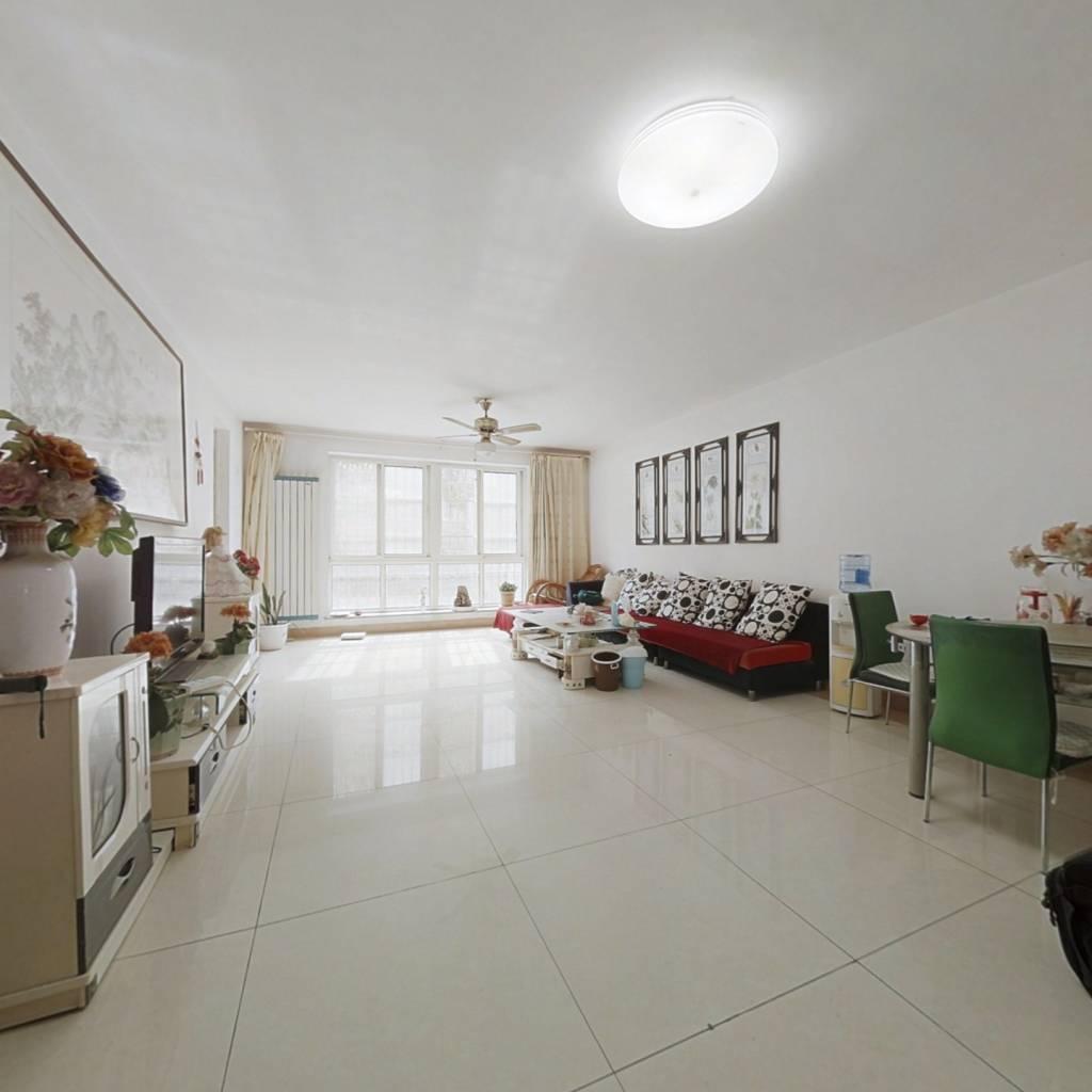 一楼带大院子,大四室,半山腰上的洋房,养老的好地
