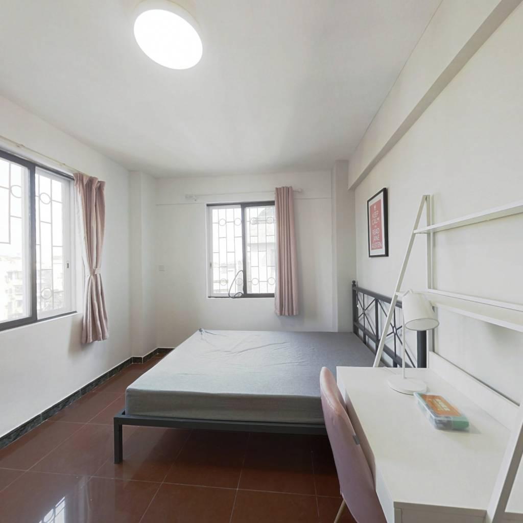 合租·吉祥北园 4室1厅 西北卧室图