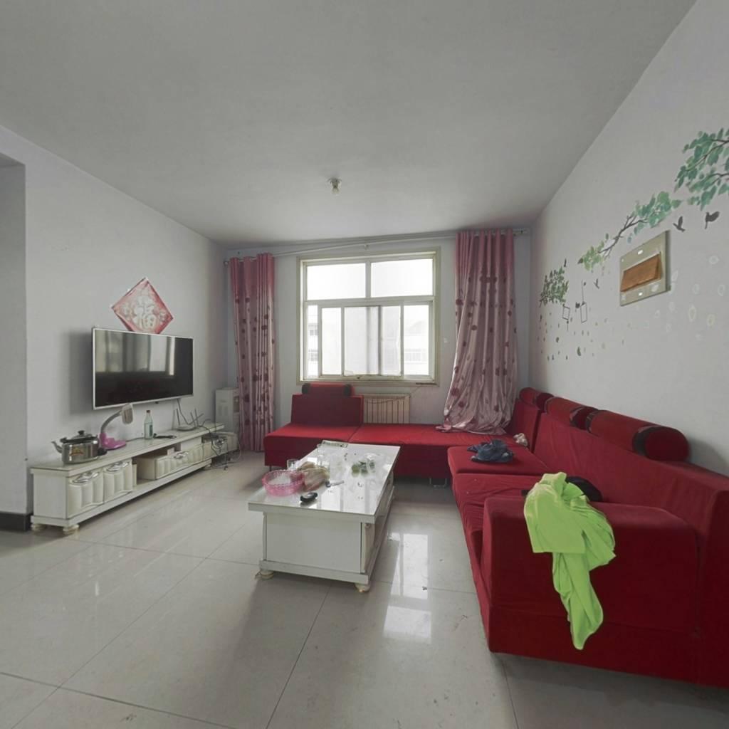 怡和花园紧凑三居室无空间浪费好户型