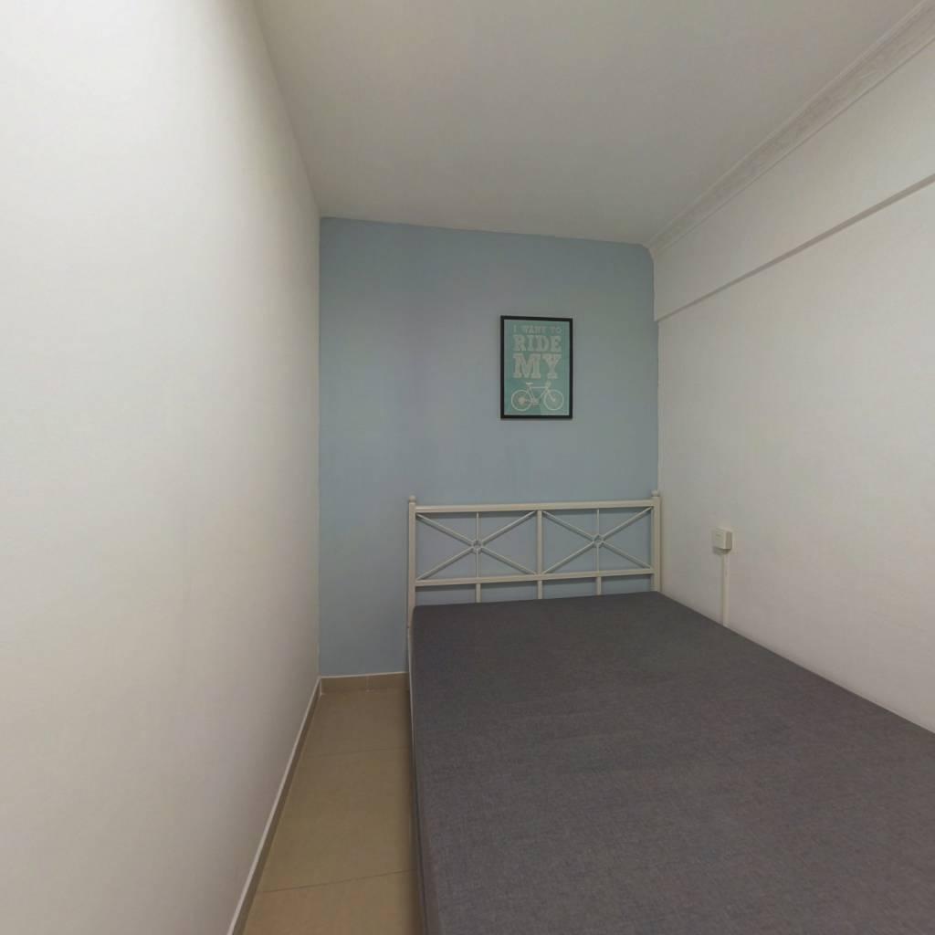 合租·荔港南湾 3室1厅 西北卧室图