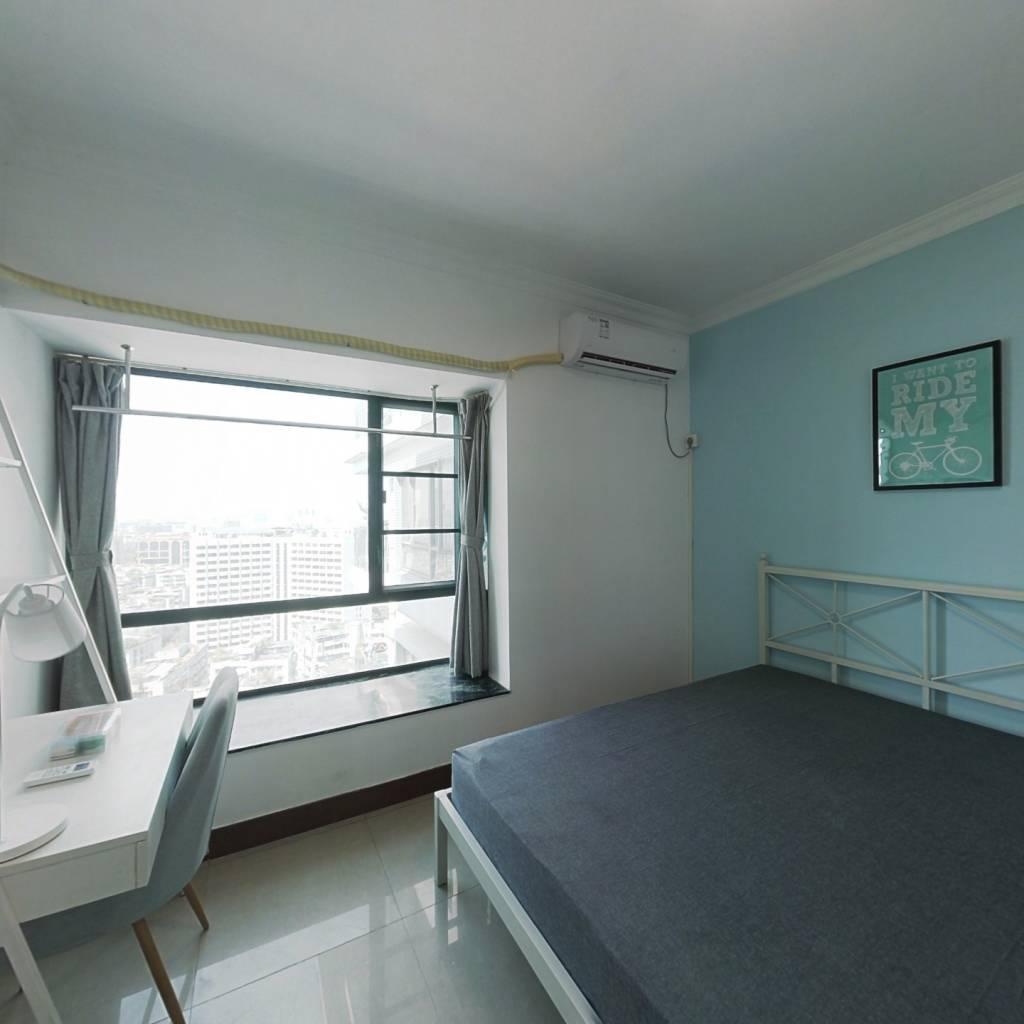 合租·西门口广场 4室1厅 西卧室图