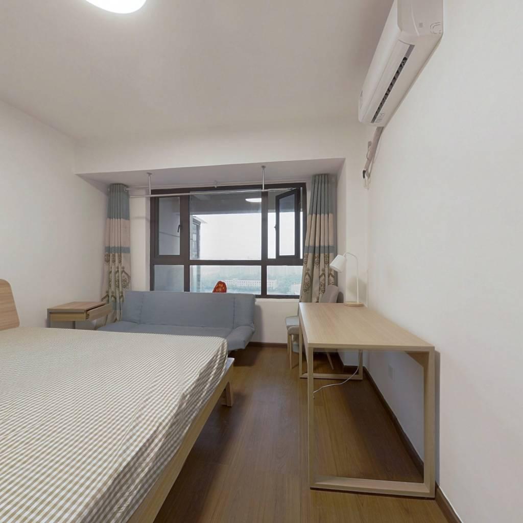 合租·中旅紫金名门 4室1厅 北卧室图