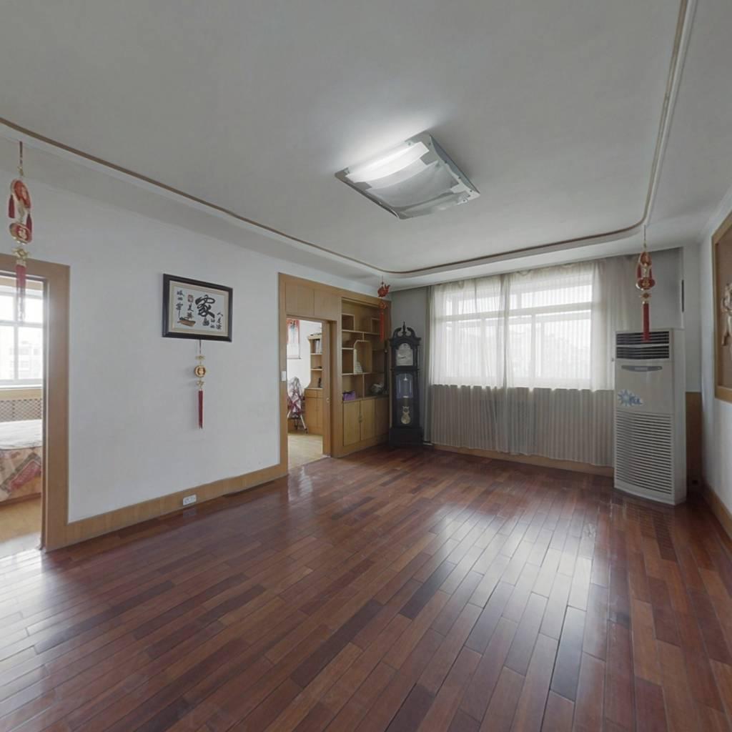 :房子带装修,可拎包入住,多层 公摊小 ,采光好