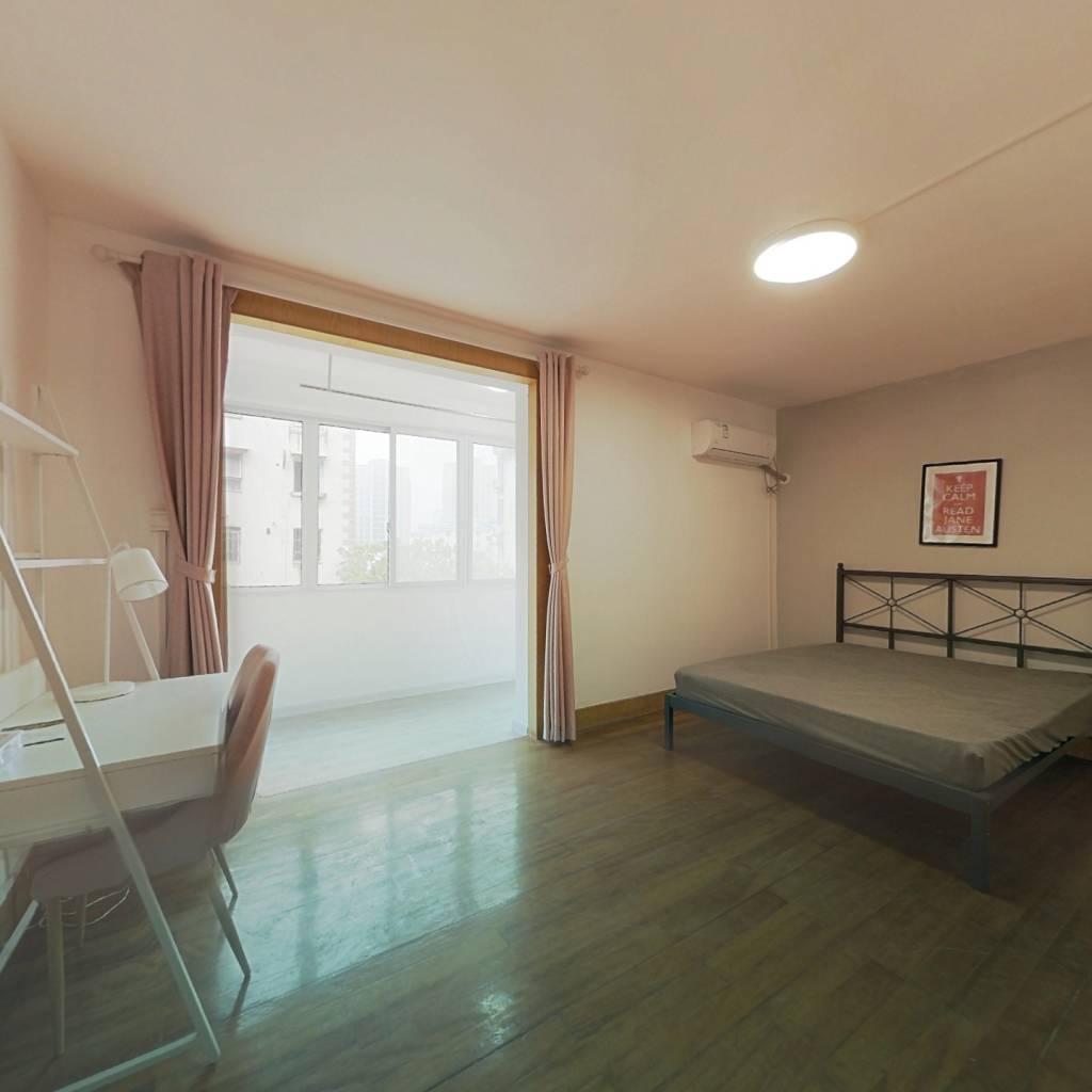 合租·众盛公寓 3室2厅 南卧室图