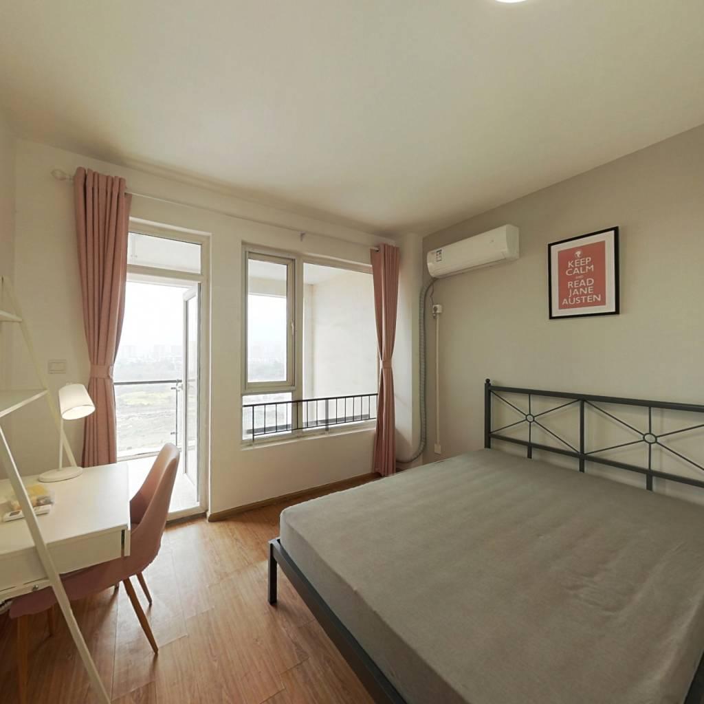 合租·金科一城 3室1厅 南卧室图