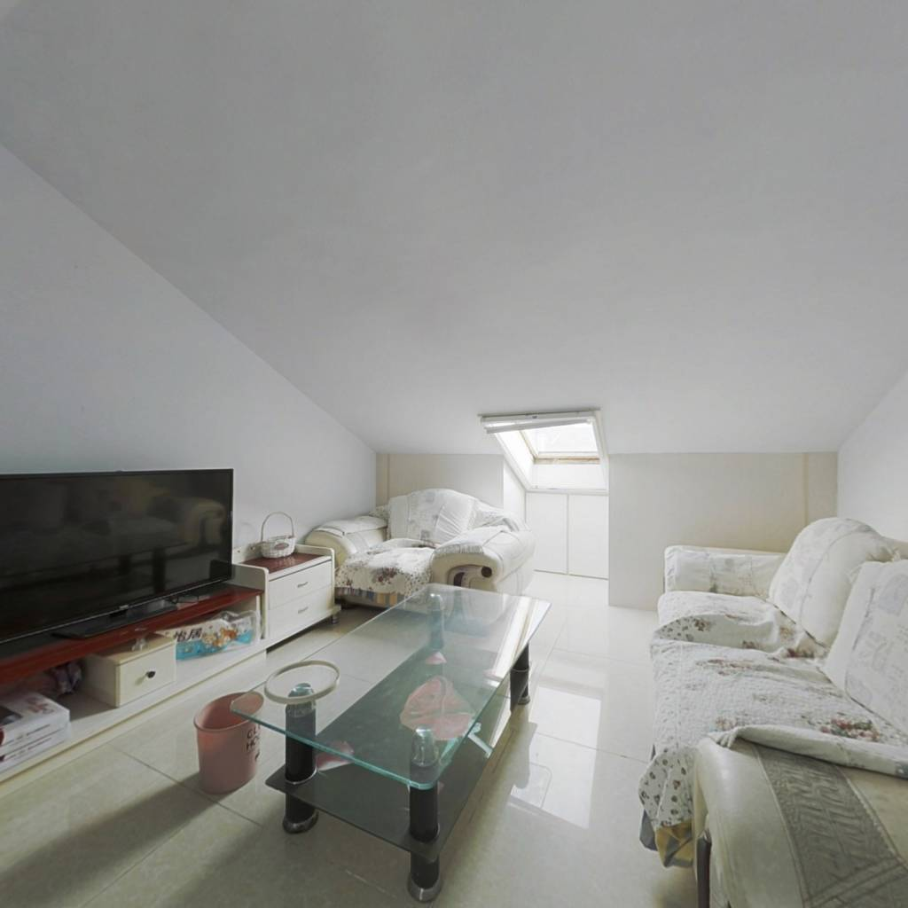 推荐;二期房,红树林北,精装套二,看房方便