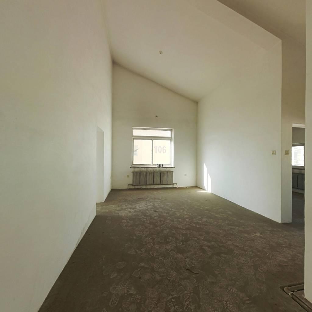 环北家园二期,三室全明户型,采光充足,免费看房。