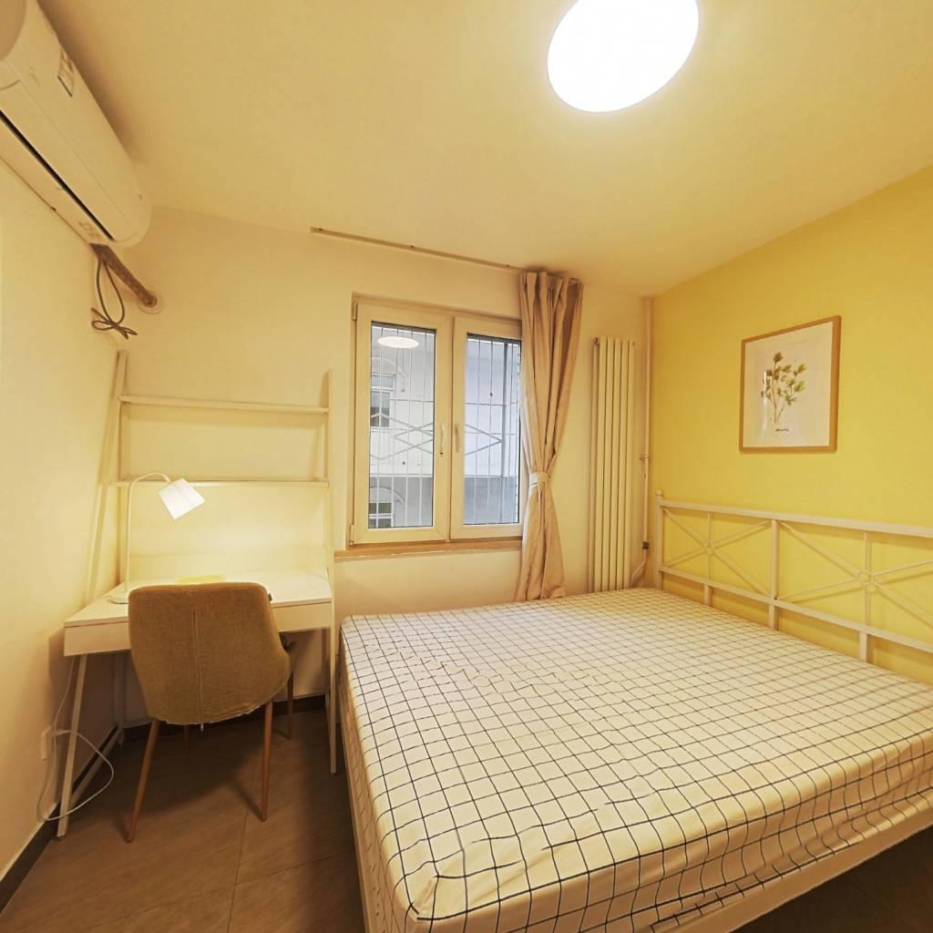 合租·安华西里社区 3室1厅 北卧室图