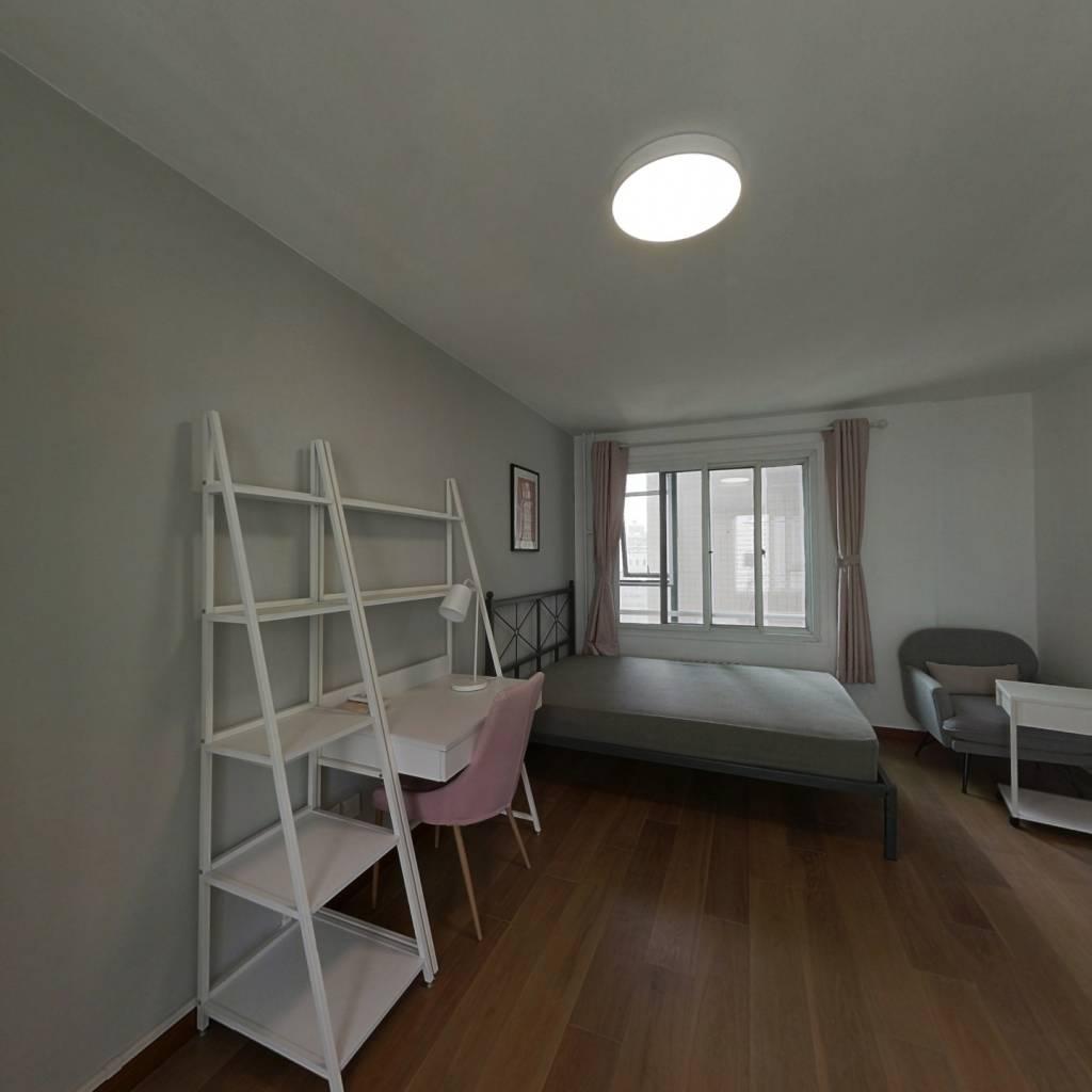 合租·芳群公寓 4室1廳 北臥室圖