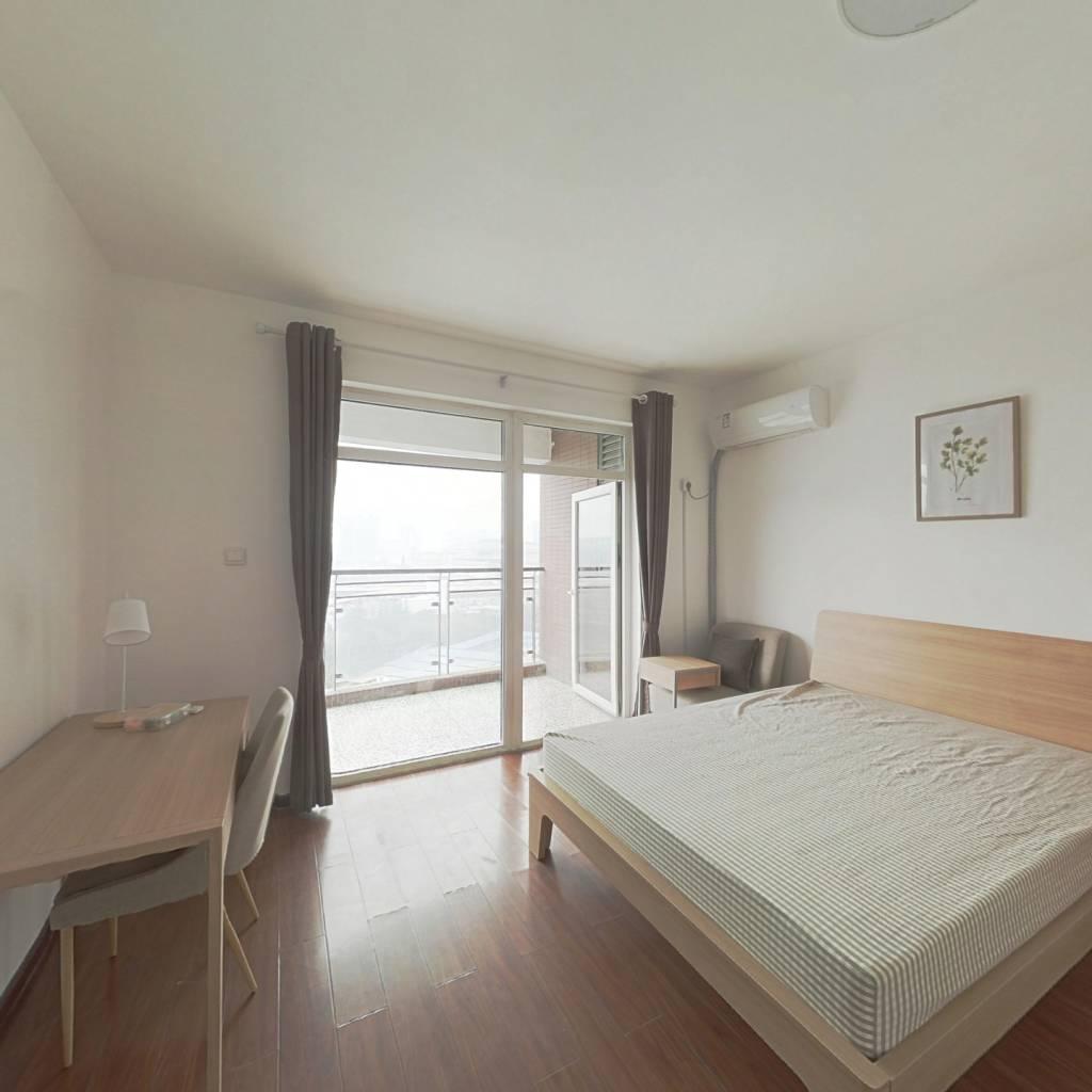 合租·天和国际 4室1厅 南卧室图