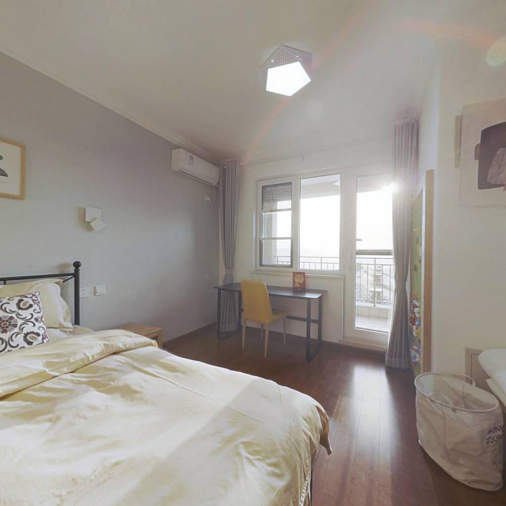 龙湖长城源著2期 精装修带电梯西向一居 业主诚意出售