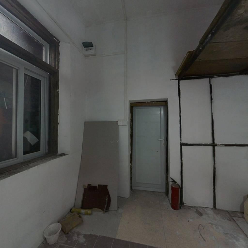 河南路 1室0厅 南