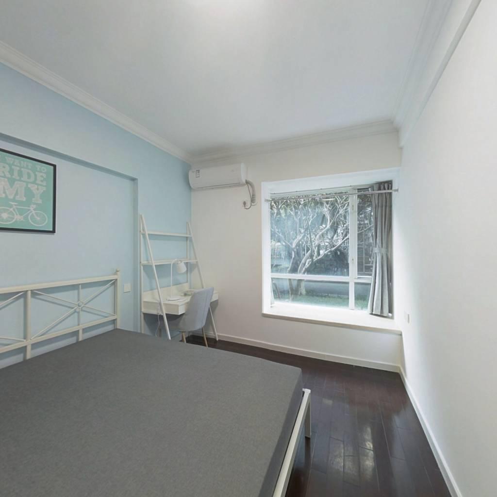 合租·海龙湾 5室1厅 南卧室图