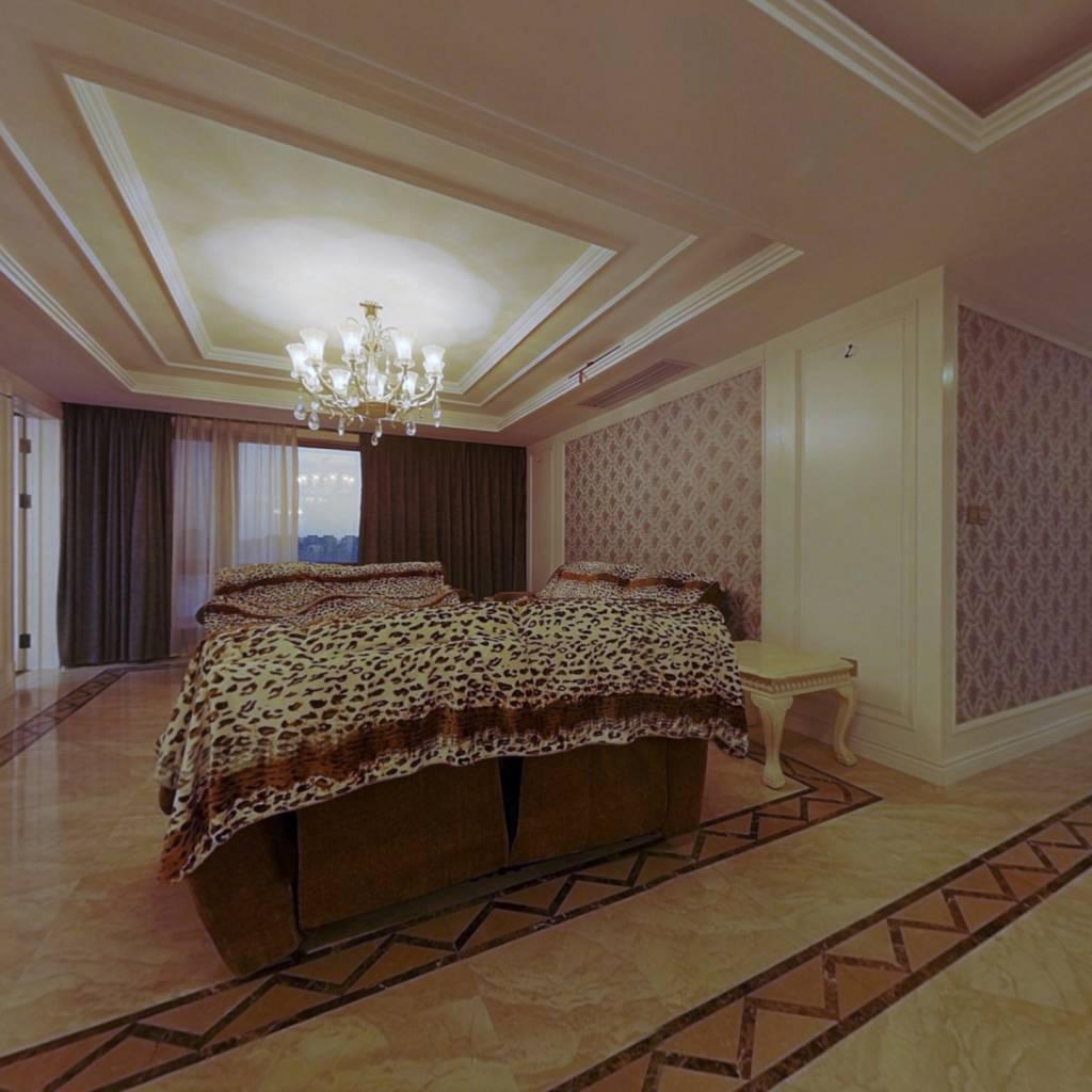 盛和天下精装4室。业主出国出售