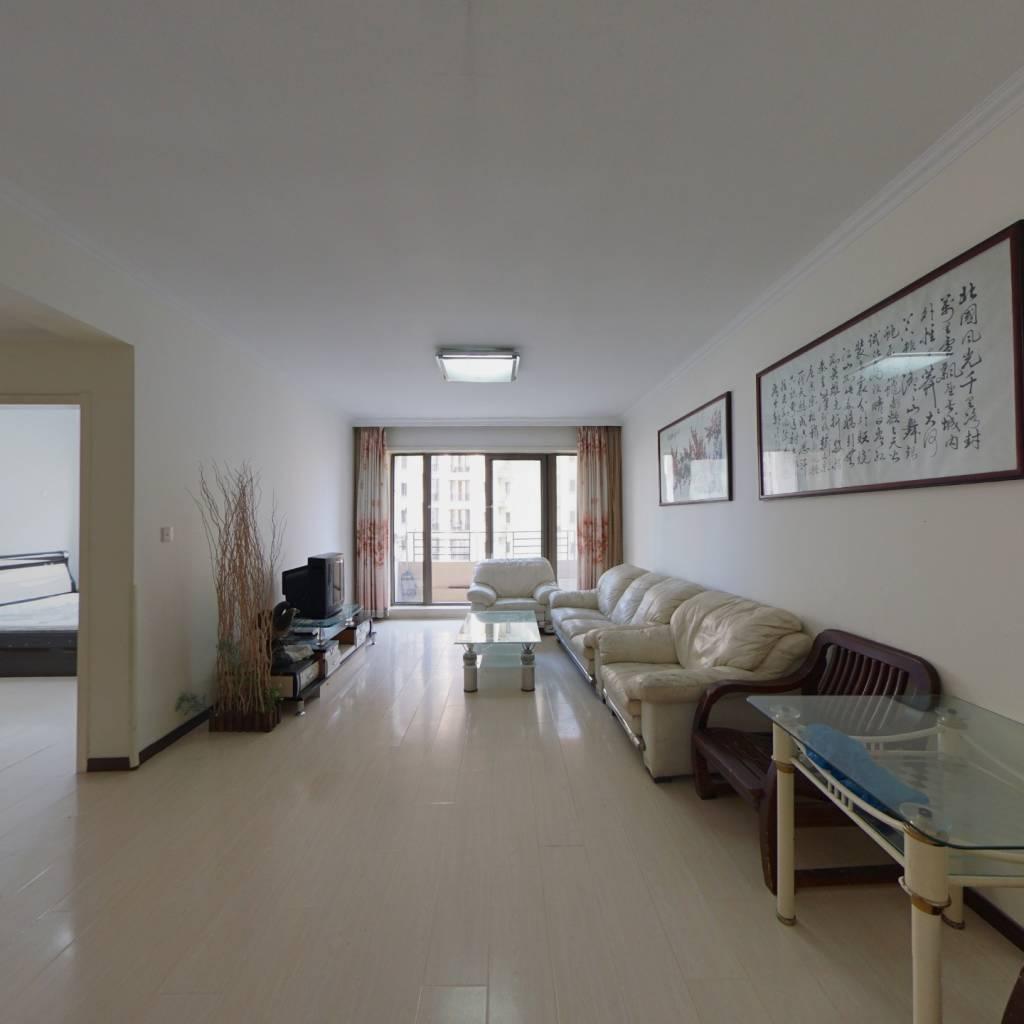 高新园区小平岛亲海园,两室南向,带装修,诚心出售