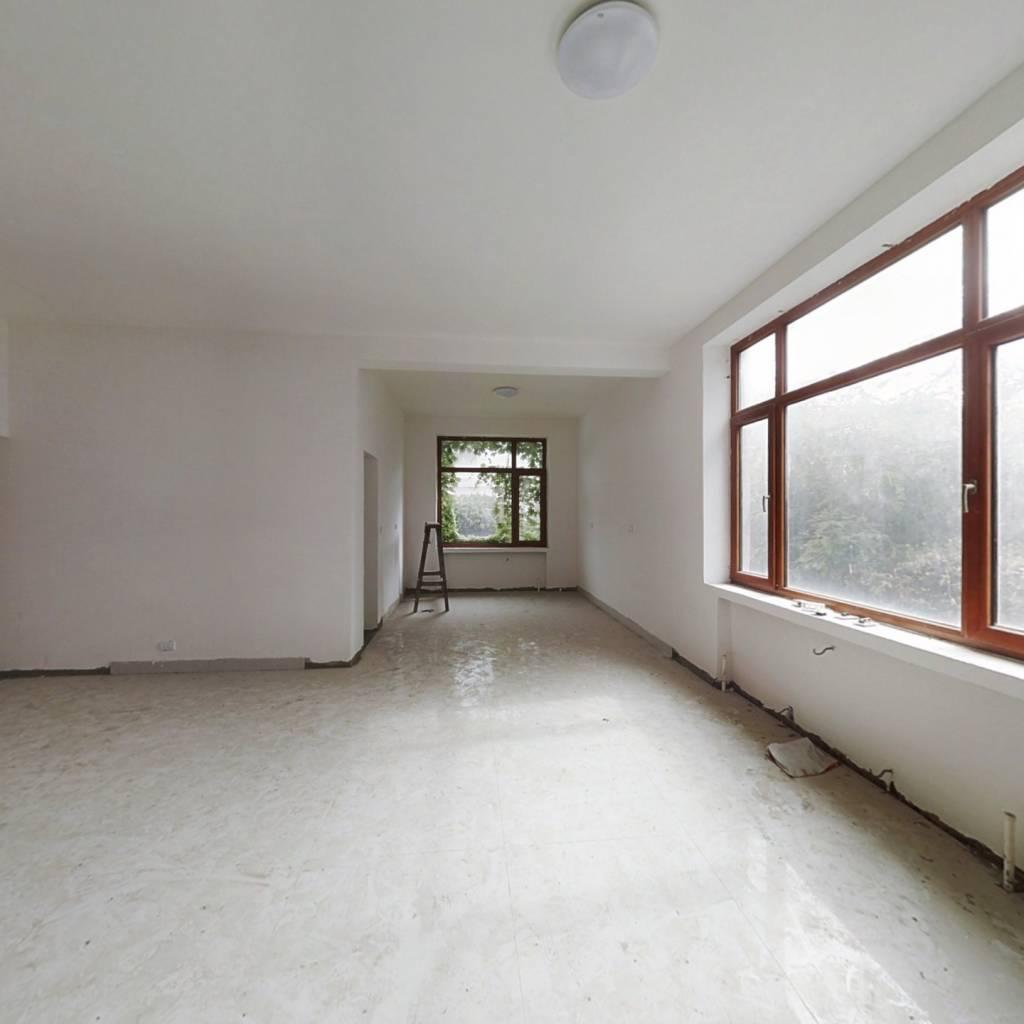 京蓬别墅 9室3厅 南