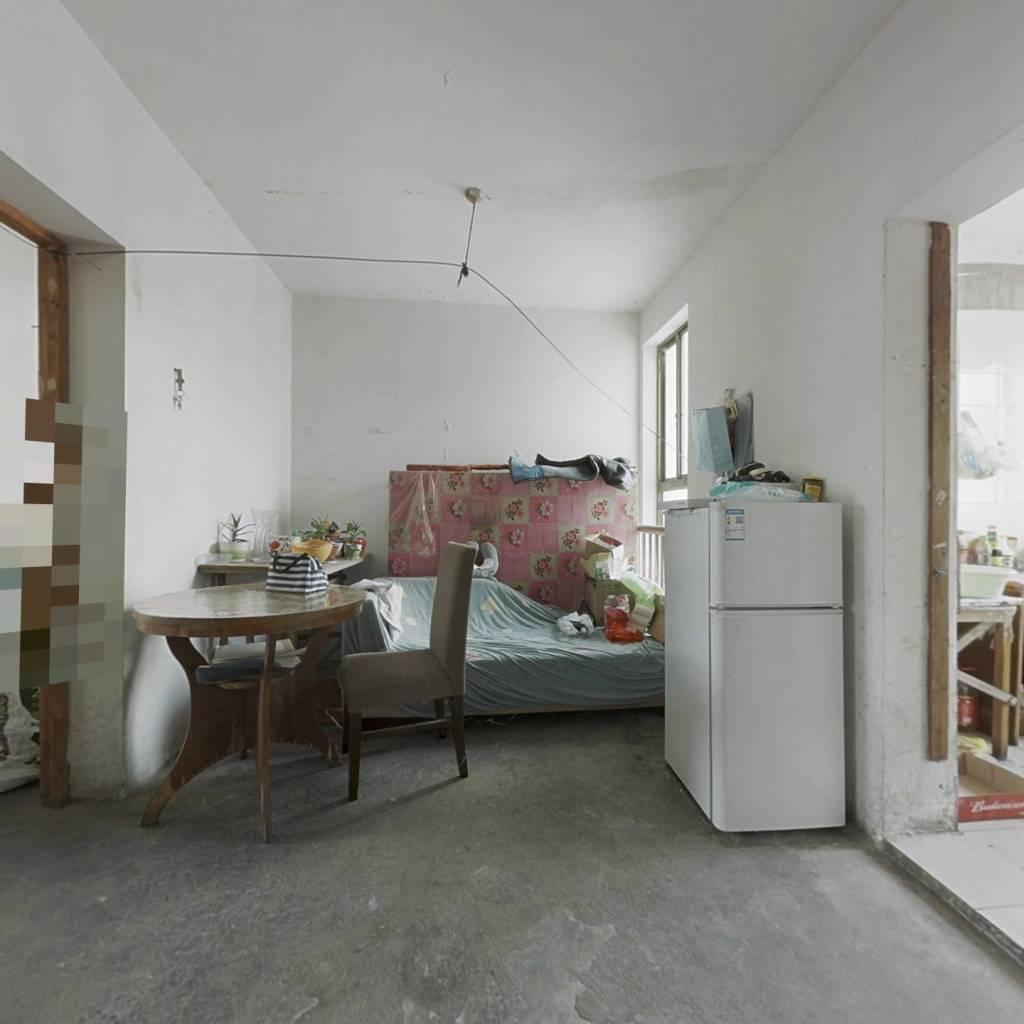 泰元家园小户带外楼梯阁楼 满五唯一 双钥匙两套152万