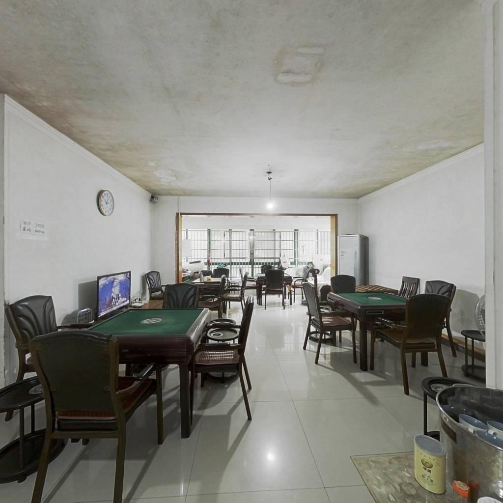 明城公寓181平米大五房 低楼层
