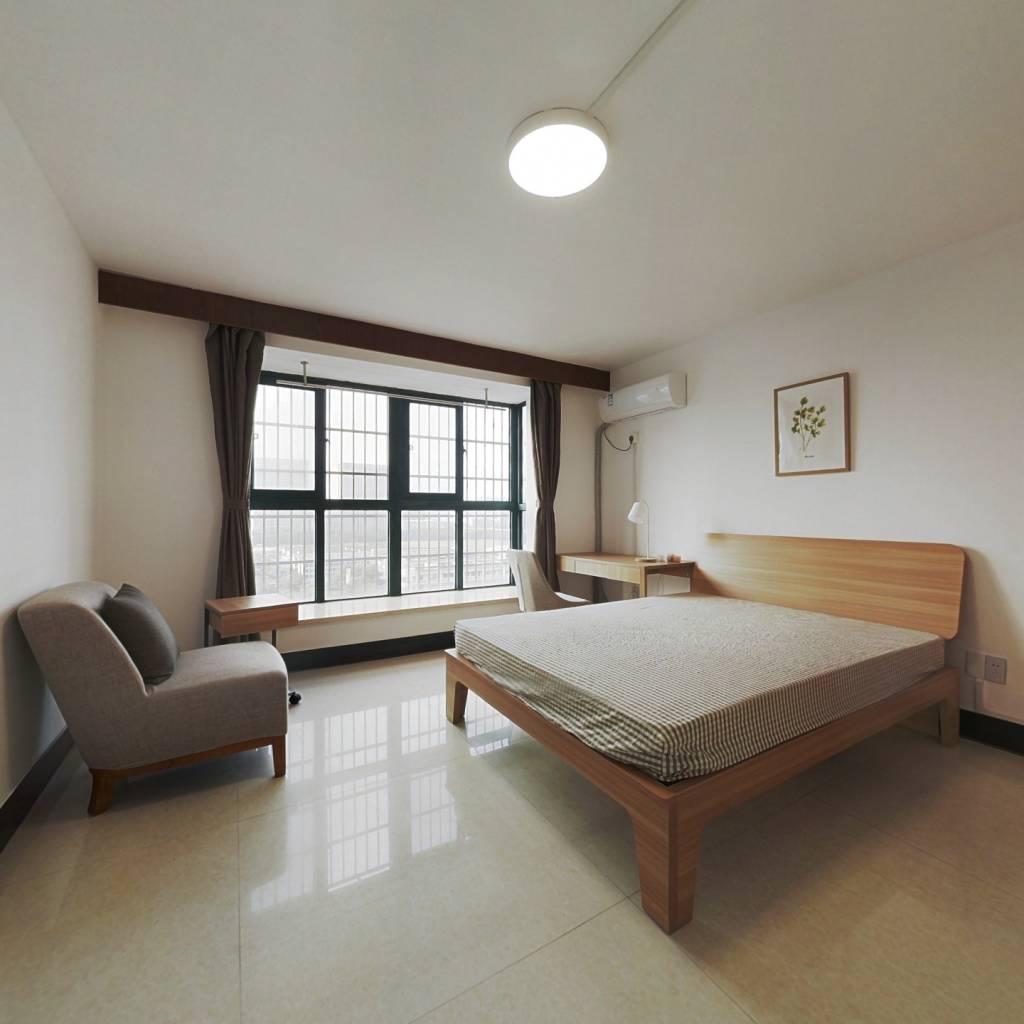 合租·长江西苑 5室1厅 南卧室图