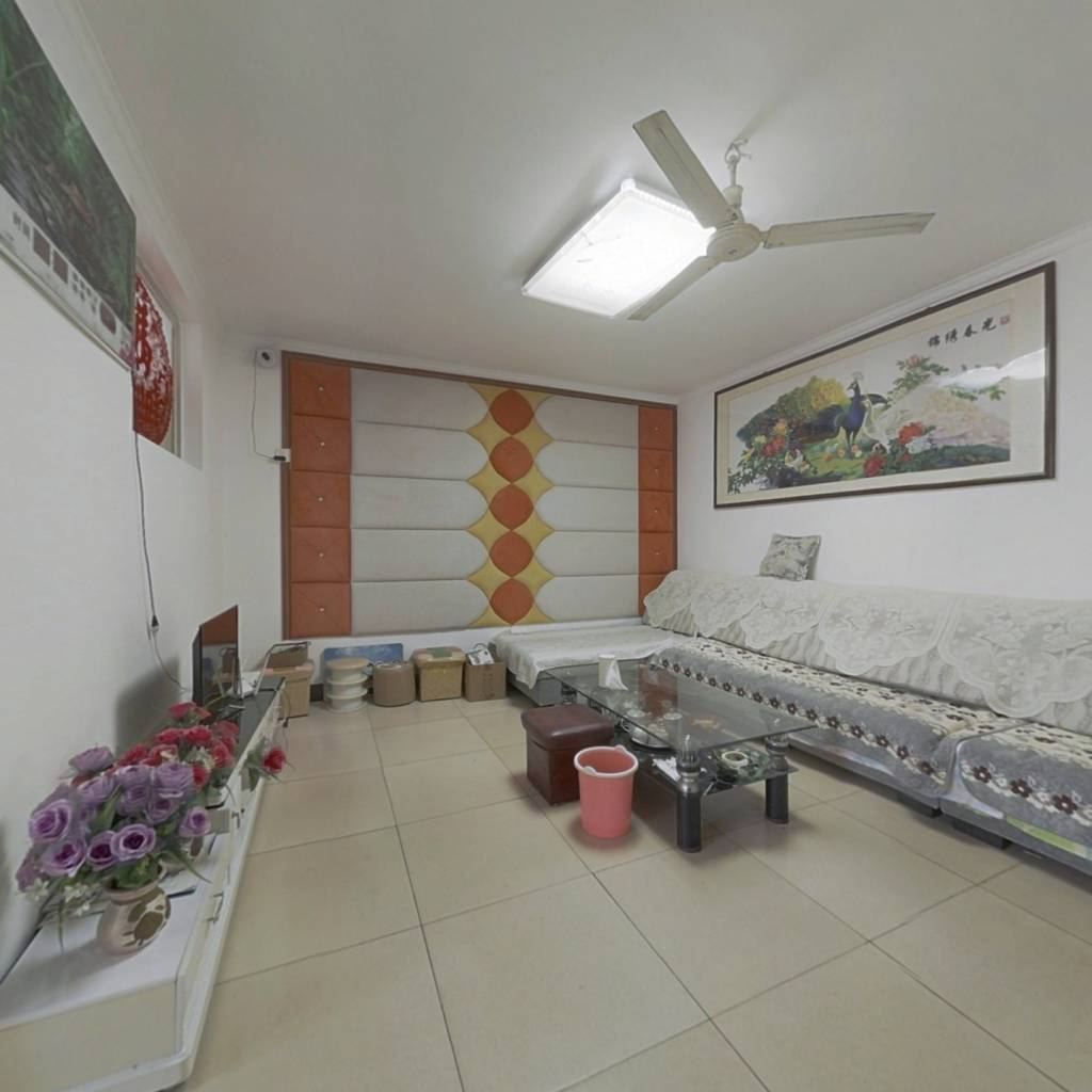 沂州阳光花园 简装三室 证过五 带储藏室