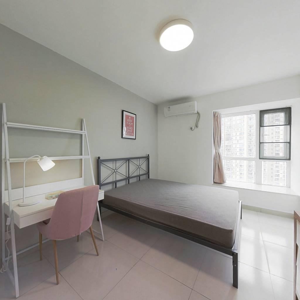 合租·前海花园三期 4室1厅 南卧室图