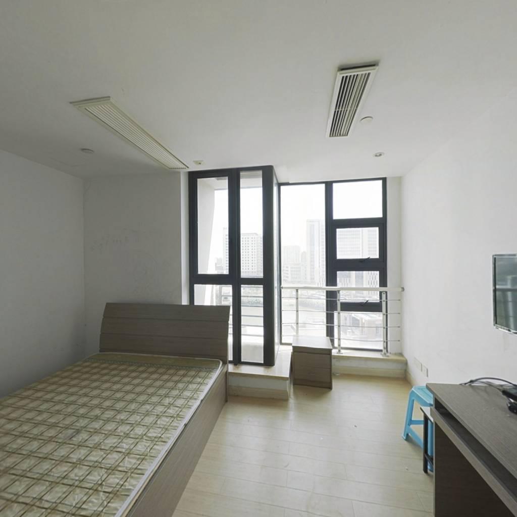 40年产权公寓 小面积低总价 朝南采光好