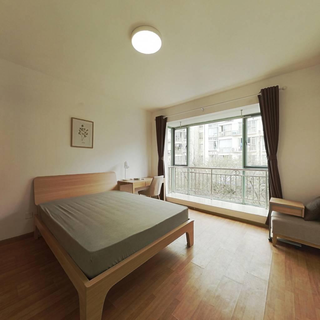 合租·怡丰新城 4室1厅 南卧室图