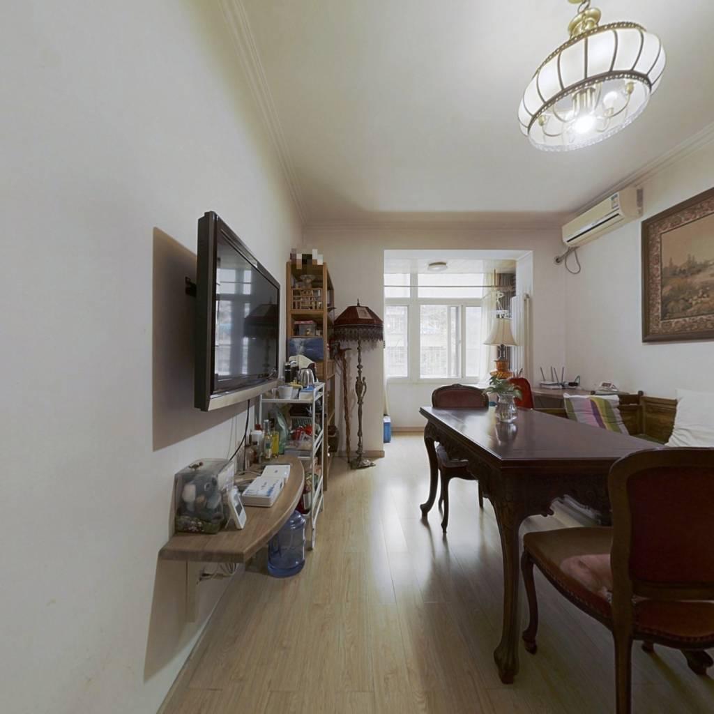 三里河三区 南北两居 户型方正 诚心出售 看房方便