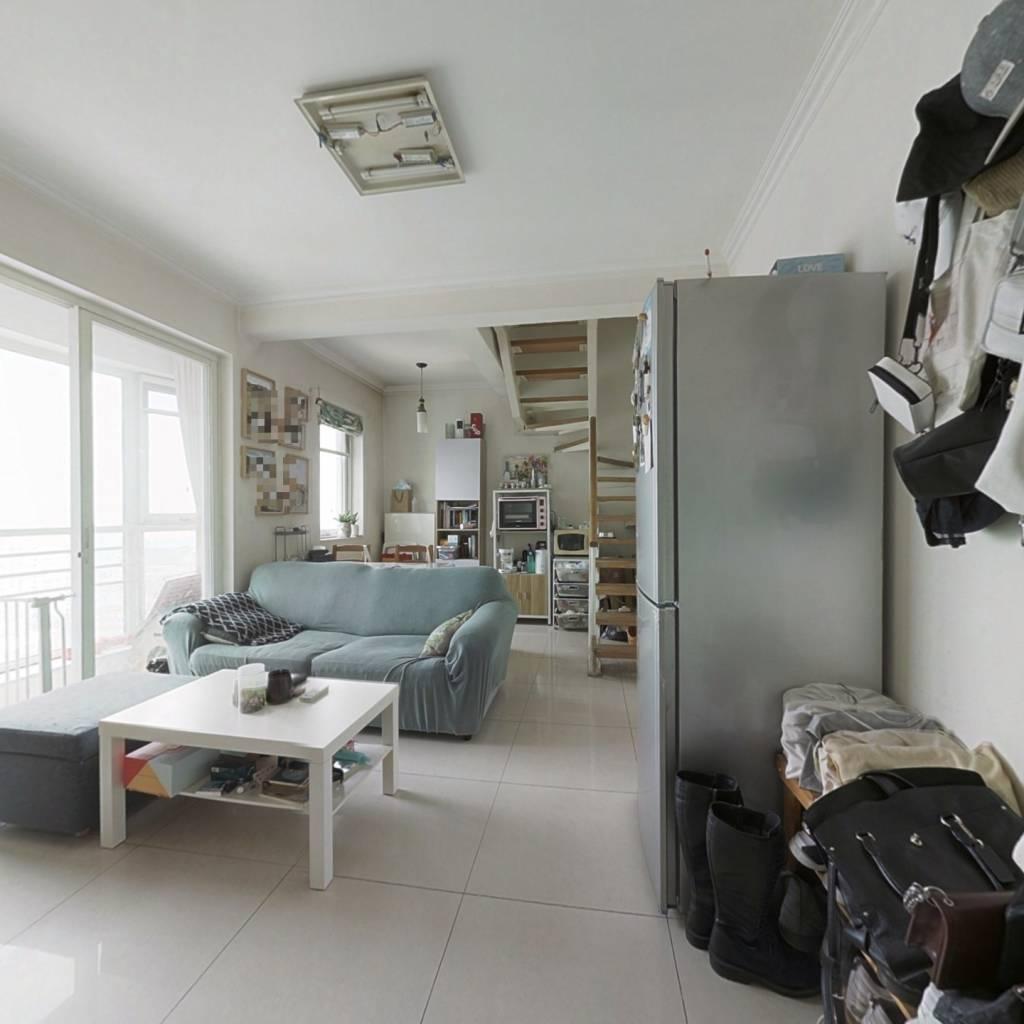 满五唯一,70年产权复式,双阳台设计,居住舒适