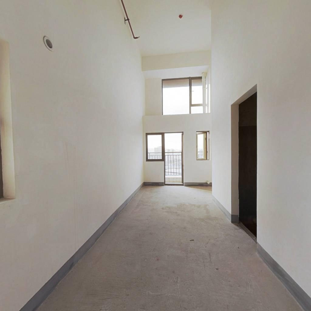 重庆港雅 雅居乐御宾府公寓户型方正采光好